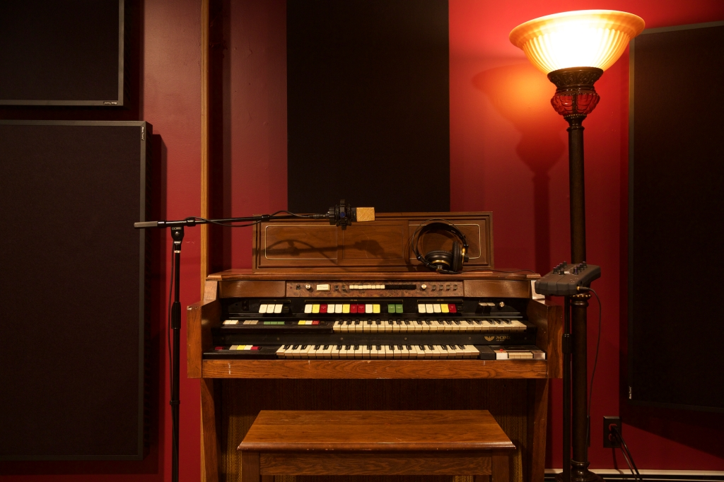 Skylar Ross Recording Organ